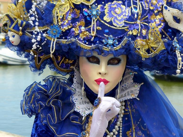 Máscara veneciana de carnaval.