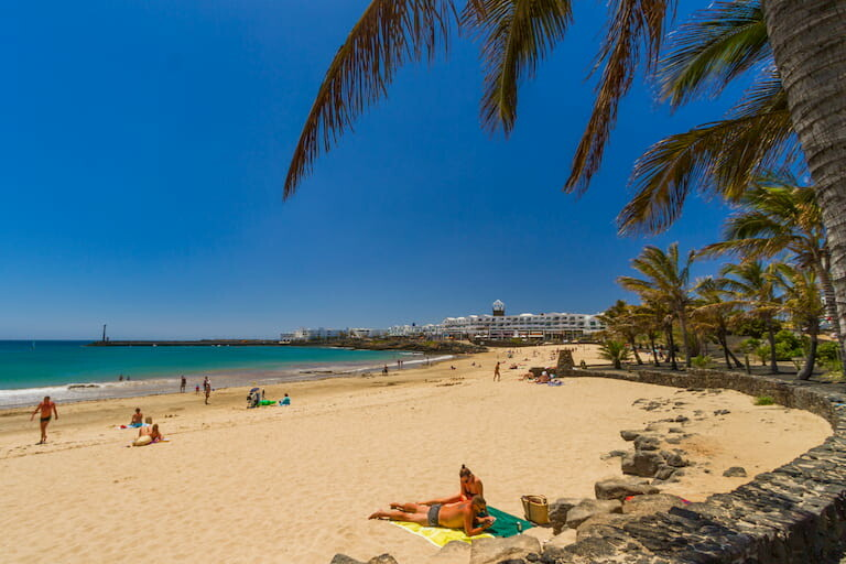 Playa de las Cucharas en Costa Teguise.