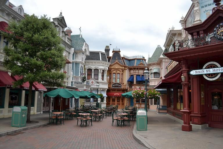 Restaurantes en Main Street USA.