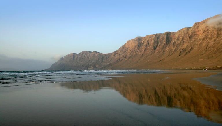 Playa de Famara en Lanzarote.