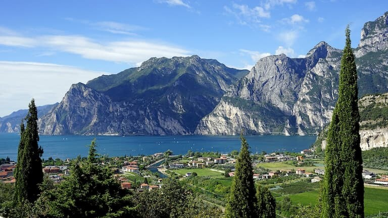 Lago di Garda en Italia.