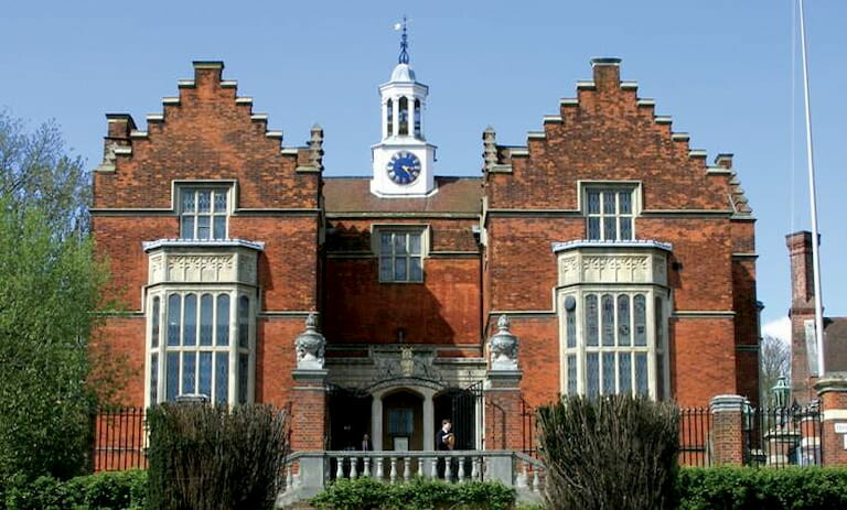 Harrow School en Londres, lugar de filmación de Harry Potter