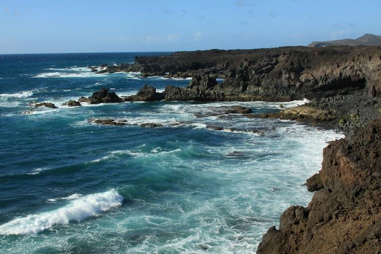 La zona costera de Los Hervideros.