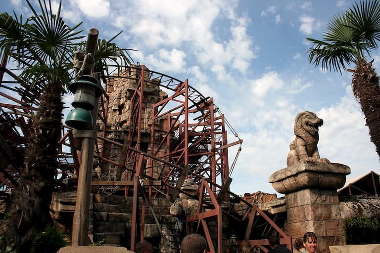 La atracción Indiana Jones y el Templo del Peligro