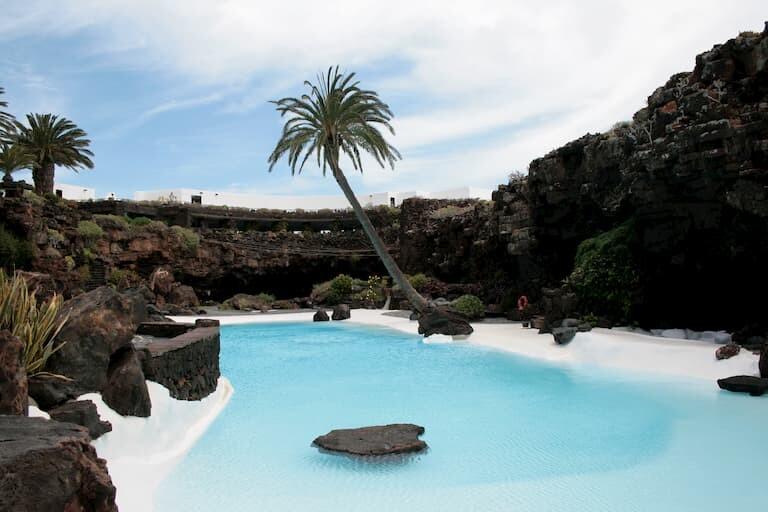 La piscina de los Jameos del Agua.