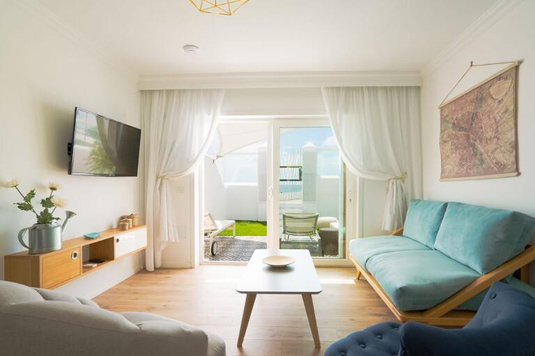 Apartamento 2 dormitorios a pie de playa con jacuzzi.