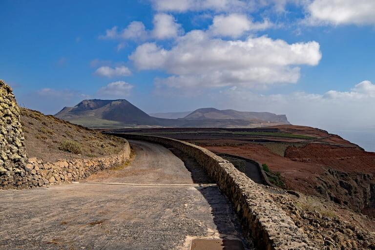 Camino que lleva al mirador del Río, Lanzarote