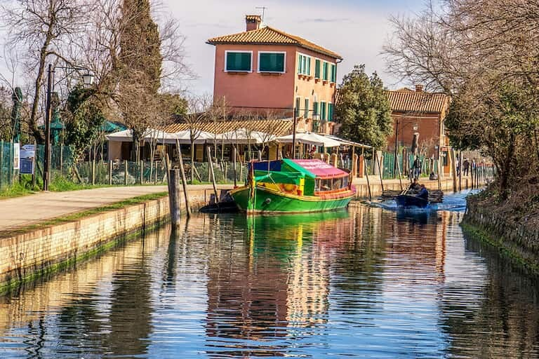 Paseo el vaporetto a la Basílica de Torcello