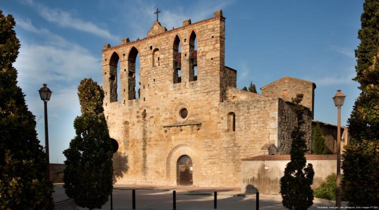 La iglesia de Sant Esteve de Peratallada