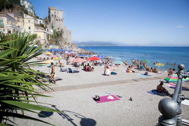Playa de Cetara, en la Costa Amalfitana