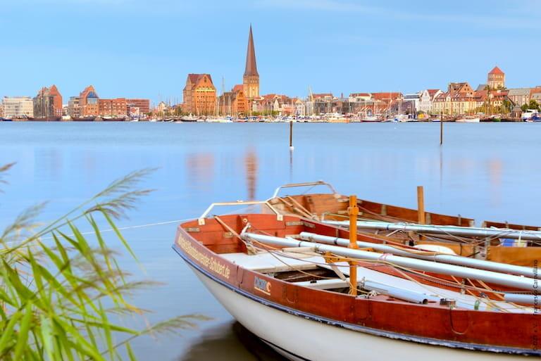 La ciudad de Rostock a orillas del río Warnow