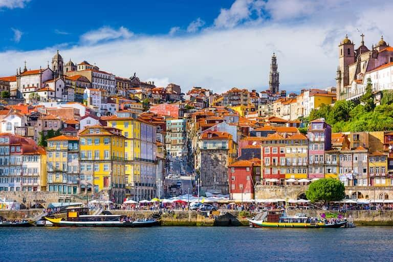 Casitas de Porto a orillas del Duero