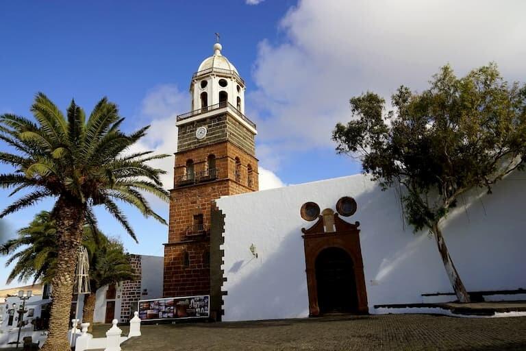 Villa de Teguise, el pueblo más antiguo. Foto: Islas Canarias.