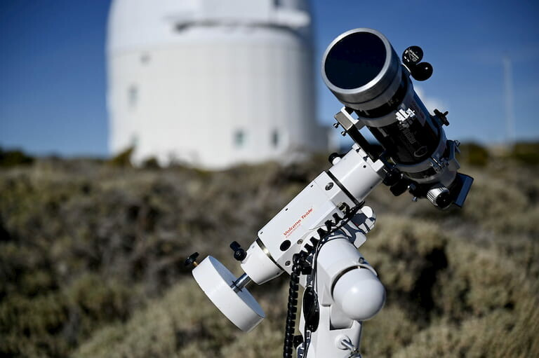 Telescopio en el Observatorio del Teide.