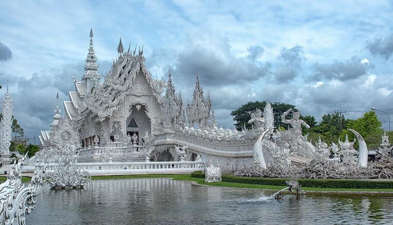 El Templo Blanco de Chiang Rai en Tailandia