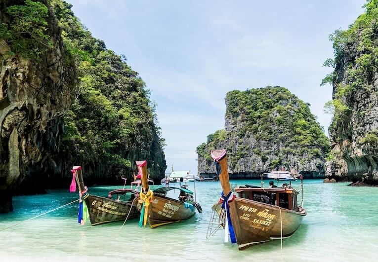 La playa de Maya Bay en la isla tailandesa de Koh Phi Phi